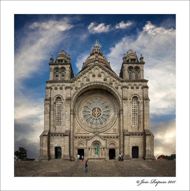 Templo De Santa Luzia, Viana Do Castelo, Portugal by jraposo3072, via Flickr