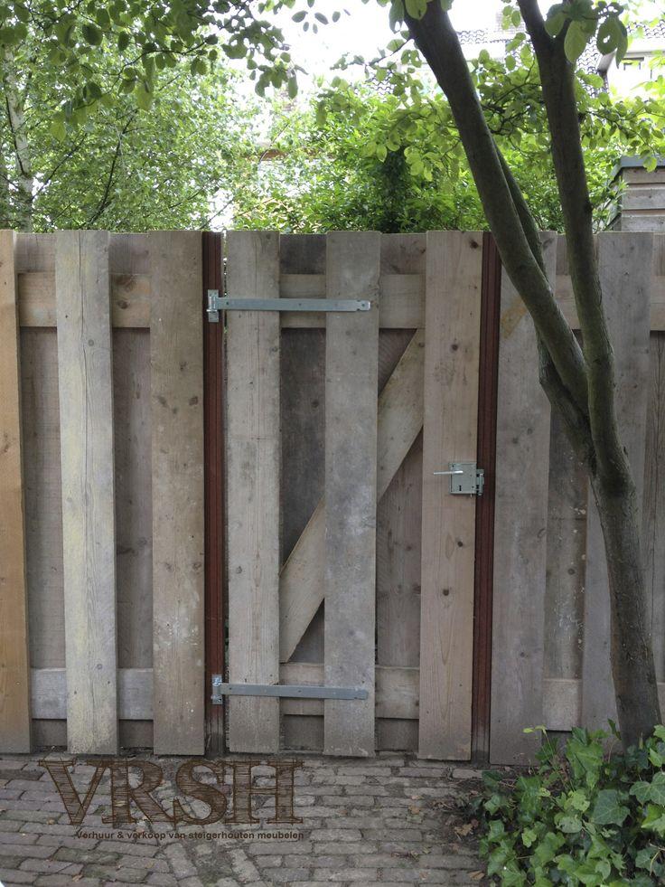 Eettafel, loungebank, stoelen,  plantenbakken.. Je hele tuin voorzien van alles maar nog toch nog geen steigerhout in de tuin? Zelfs je schutting kan gemaakt worden van dit prachtige stukje hout!