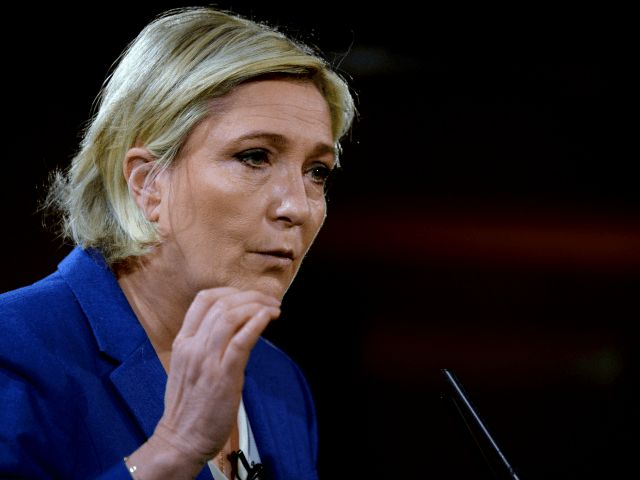 Le Pen: 'Totalitarian' European Union Plan to Become Nuclear-Armed Power 'Madness'