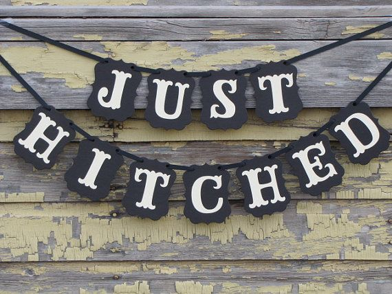 Just Hitched Wedding Banner by ParamoreArtWorks on Etsy