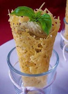 Ecco per voi una ricetta facilissima per fare la mousse ai fagioli, un antipasto perfetto da servire per il pranzo di Natale, potete servirlo nei bicchierini o sulle fette di pancarrè.