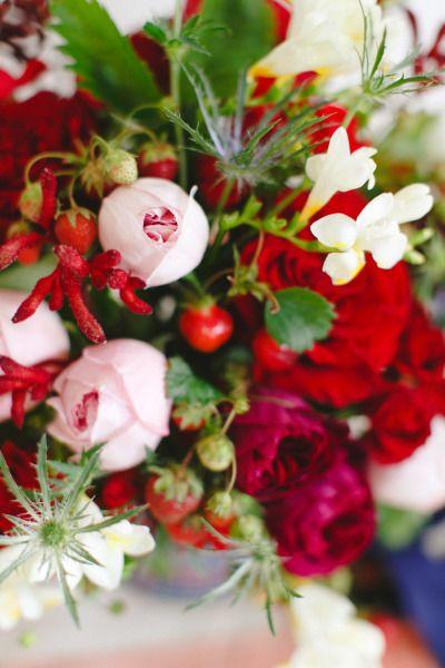 DIY strawberry flower arrangement: http://www.stylemepretty.com/2014/07/02/diy-strawberry-flower-arrangement/ | Photography: http://rutheileenphotography.com/