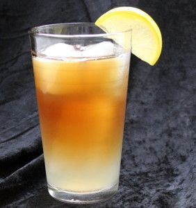 John Daly – Mix That Drink  The John Daly cocktail is an Arnold Palmer with a citrus kick in the form of Absolut Citron and triple sec. It actually tastes a lot like the Palmer, except for that hint of orange. This is, not surprisingly, a great drink to have when you're golfing or just out of doors. But of course it's great indoors and pretty much anytime, too. Recipe 1 1/4 ounce Absolut Citron 1/4 ounce triple sec Lemonade Iced tea Fill a collins glass with... #absolutcitron ...