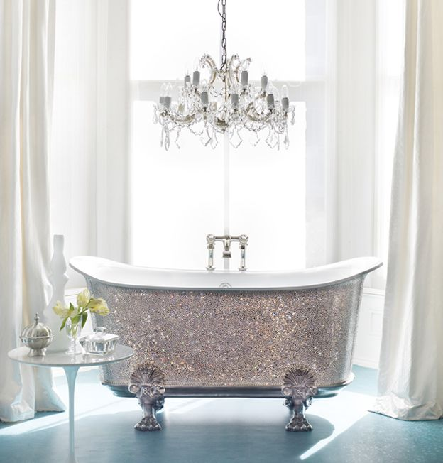 Wow.... A glitter bathtub <3