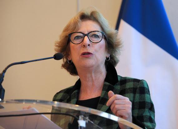 L'exécutif veut faciliter l'entrée des étudiants étrangers. La France veut accueillir davantage d'étudiants coréens, indonésiens, indiens, américains... et avant tout des scientifiques.