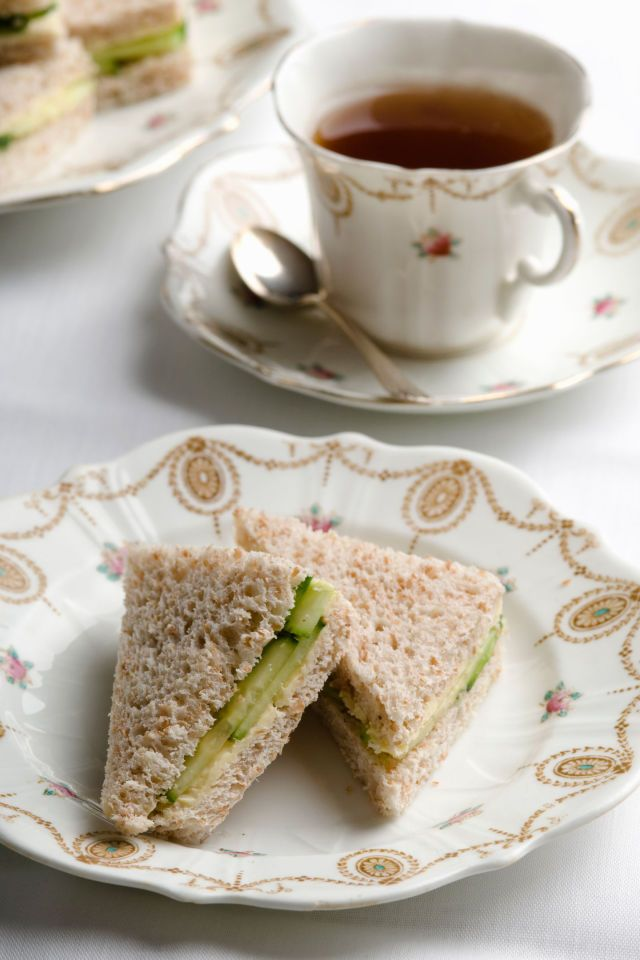 8 best images about tea party on pinterest finger for Club sandwich fillings for high tea