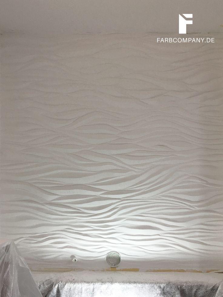 Good Die Wand oberhalb einer Badewanne wird mit einer Wellenstruktur effektvoll in Szene gesetzt Das einzigartige
