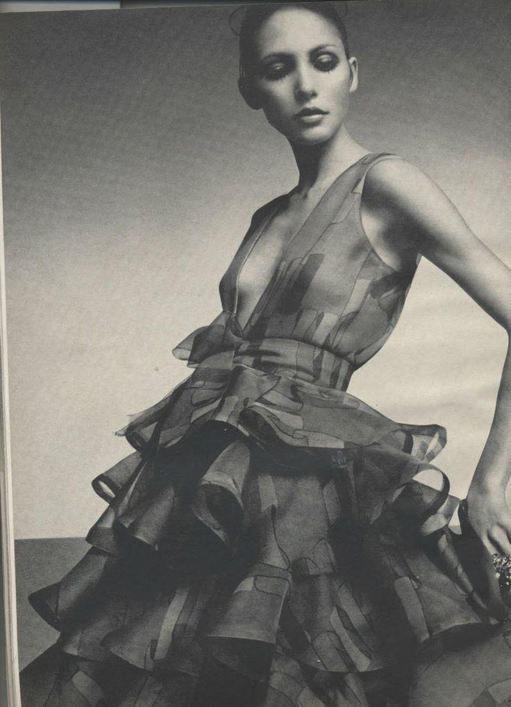 408 best fashion mannequins images on pinterest short. Black Bedroom Furniture Sets. Home Design Ideas