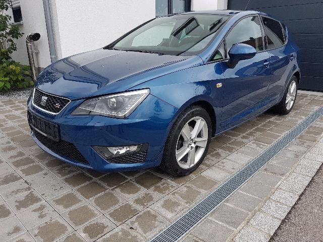 SEAT Ibiza Limousine in Blau als Gebrauchtwagen in Vohburg für € 14.700,-