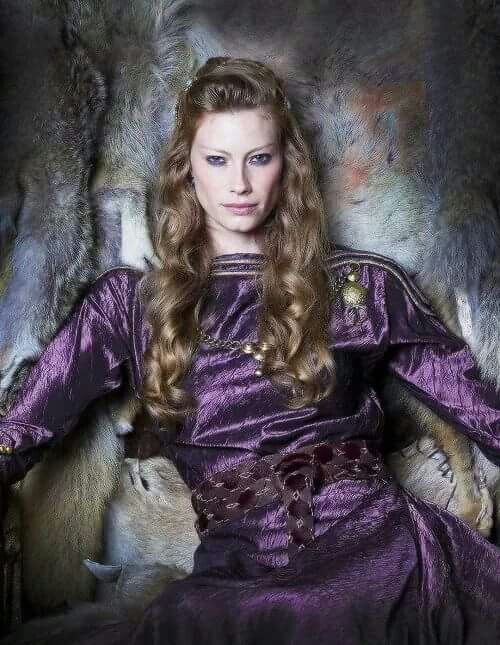 Not sure if I will or can ever like the woman who stole Ragnar from Lagertha.
