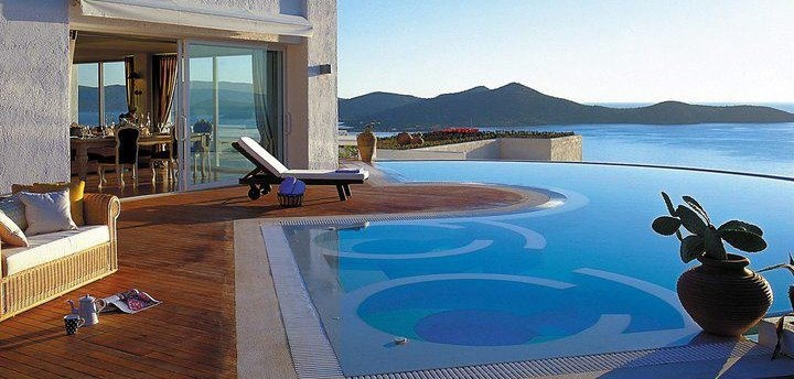We all deserve to live in Paradise!  Our latest OFFERS in Elounda Gulf Villas And Suites!   Elounda Gulf Villas and Suites, Lasithi, Crete, Greece.  http://www.crete-hotels-rooms.com/Reservations/Elounda_Suites.htm