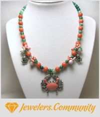 EDITOR'S CHOICE (07/10/2015) I'm Not Crabby by Linda Foust View details here: http://jewelers.community/creations/2055-i-m-not-crabby