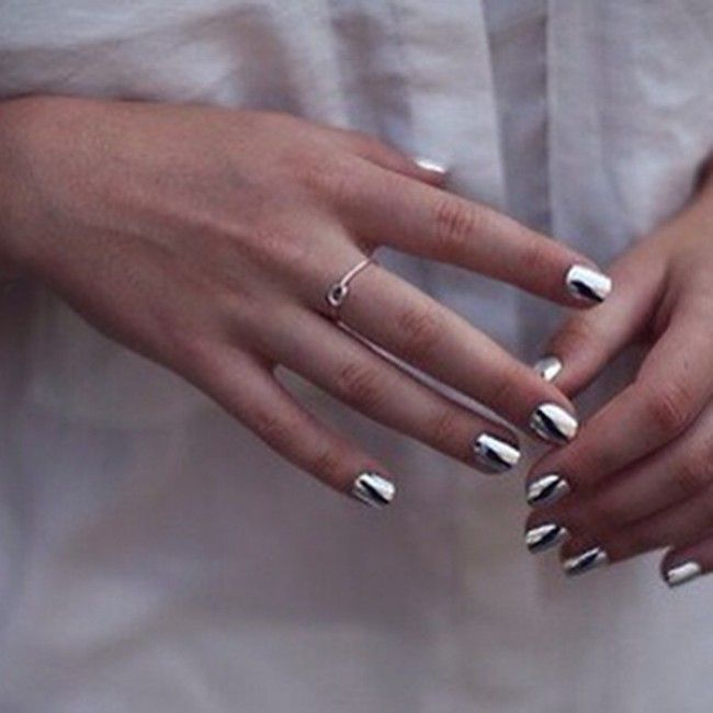 Best 25+ Mirror nail polish ideas on Pinterest | Chrome ...