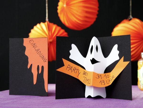 Einladungskarte Für Halloween Mit Munterem Pop Up Gespenst.