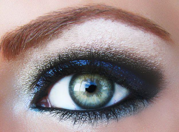 Макияж для серых глаз с мерцающими тенями ::: onelady.ru ::: #makeup #eyes #eyemakeup