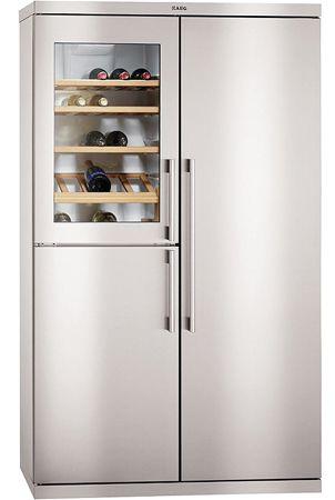 AEG PerfektFit™ Freestanding Fridge Freezer with Wine Cooler.   S95800XTMO