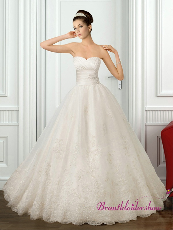 15 best Brautkleid Prinzessin images on Pinterest | Wedding frocks ...