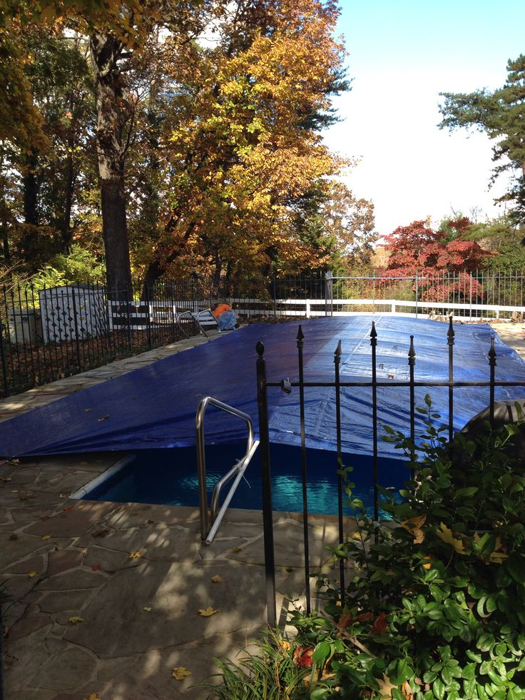 Tarp on and bungees to diy pvc pool cover piscinas for Garden pool covers