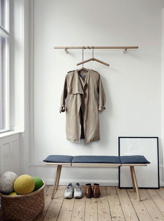Wir ♥ Holz! Die Designer-Sitzbank aus Eichenholz schenkt modernen Wohnräumen Natürlichkeit und Eleganz. ✓ bestes New Nordic Design ✓ kostenfreier Versand