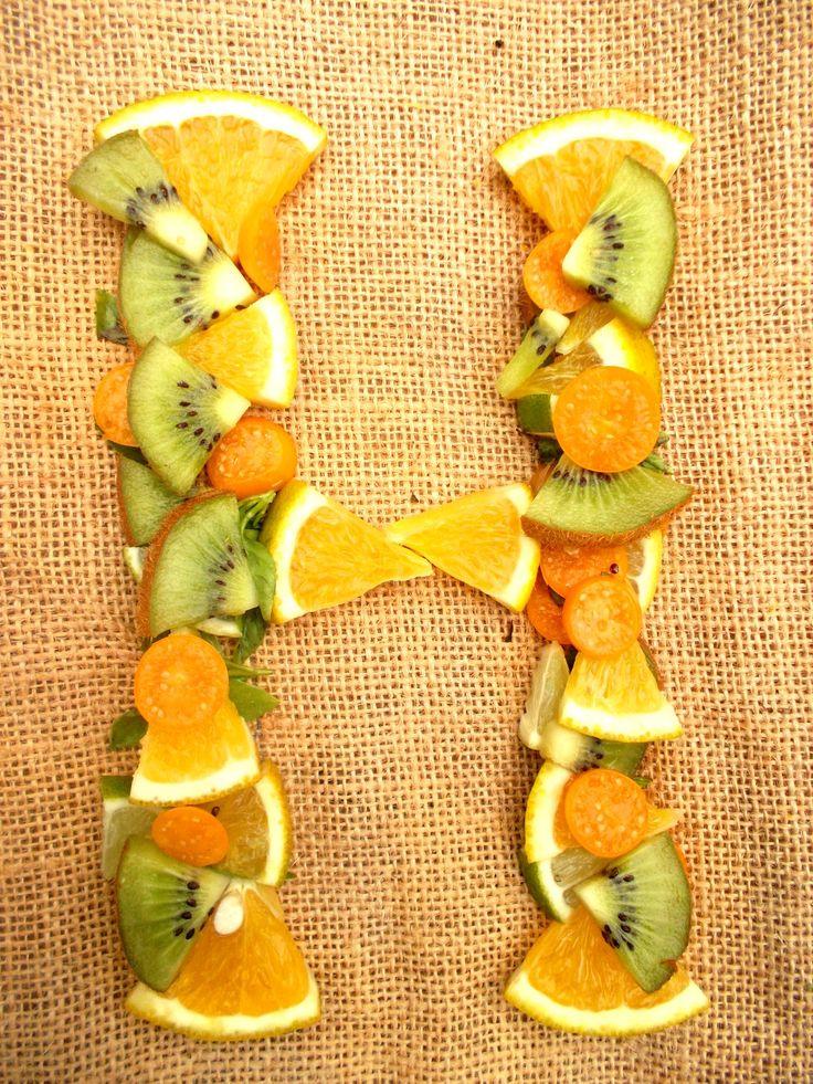 H tipografia frutas