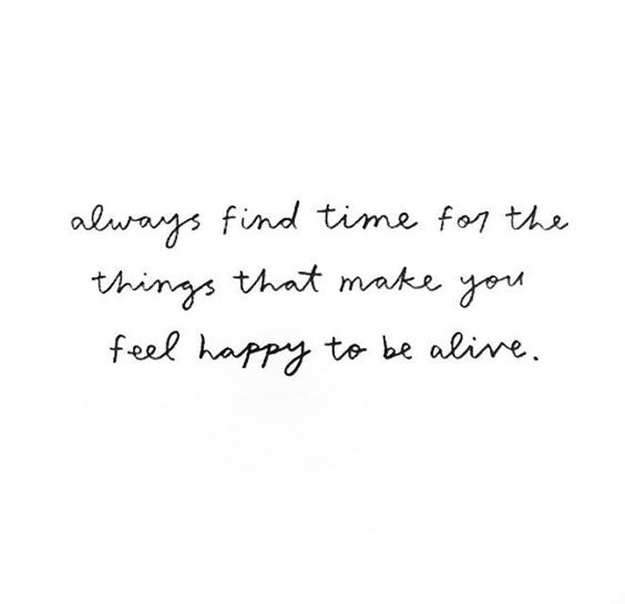 Inspirational quote about finding time for those who matter.
