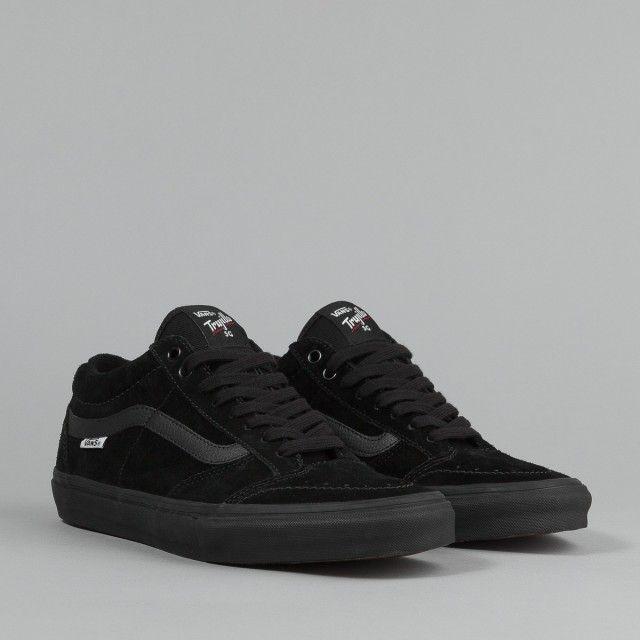 vans shoes retailer