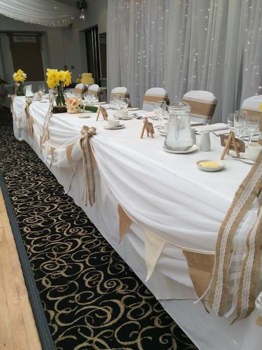 hessian bunting and top table drape