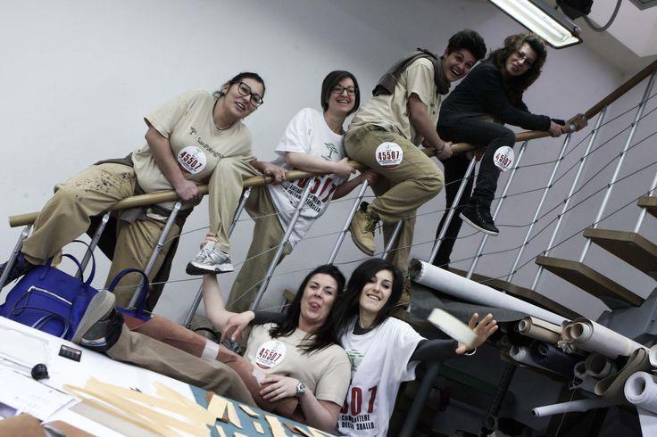 Le ragazze del settore decorazioni per la campagna di raccolta fondi #fermamirima. #donaora al 45507