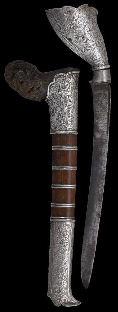 Sewar Dagger with Horn & Silver Mounts Sumatra/Malay Peninsula 19th century