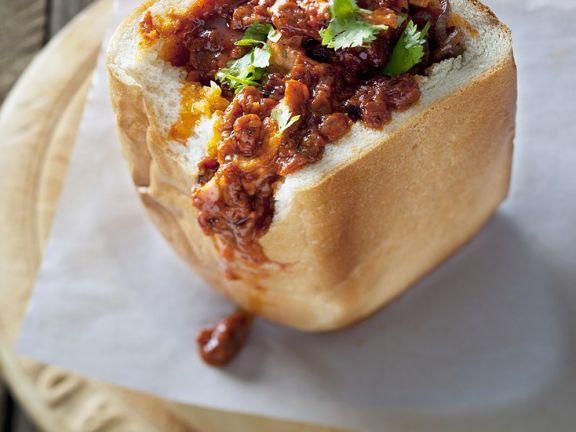 Gefülltes Weißbrot mit Curry aus Südafrika ist ein Rezept mit frischen Zutaten aus der Kategorie Fleisch. Probieren Sie dieses und weitere Rezepte von EAT SMARTER!