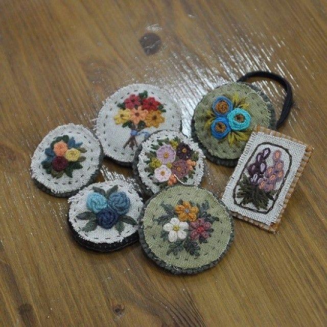 빈티지 브로치 #handmade  #embroidery  #wildflowers  #야생화자수