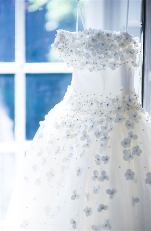 A New York hanno avuto inizio le sfilate Bridal Autunno Inverno 2017-18. Anche per questa nuova stagione, la proposta per