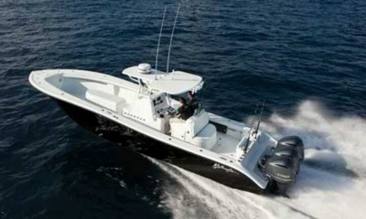 17 best center consoles images on pinterest center for Fast fishing boats