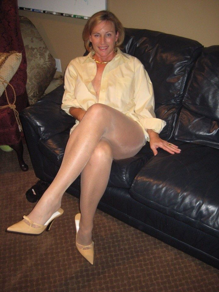 Hot mature nylon moms pornos