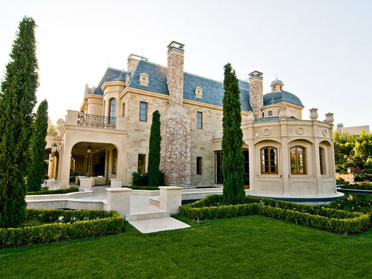 204 best beverly hills bel air images on pinterest for Luxury houses in beverly hills