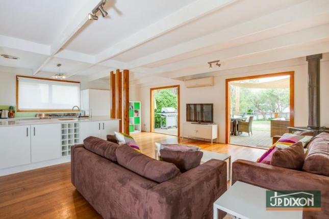 Loquat Getaway on Sussex, a Rye Ocean Bayside Beaches House | Stayz