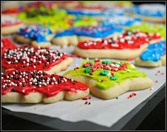 frosted sugar cookiesChristmas Desserts, Desserts Ideas, Food Ideas, Sugar Cookiesit, Frostings Sugar Cookies, Baking Ideas, Favorite Recipe, Cookiesit Isn, Holiday Desserts