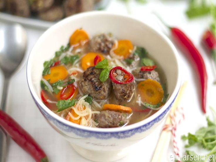 Thaisuppe med risnudler