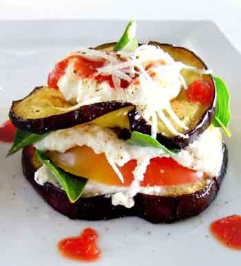 Рецепт-Бутерброды из баклажан с помидорами и сметаной с чесноком   Бутерброды