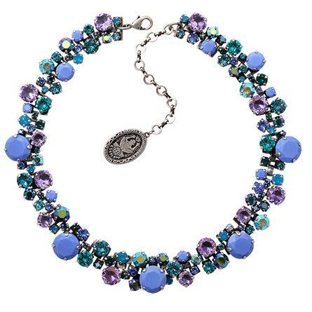 Miranda Konstantinidou, gioielli prodotti nelle Filippine - VanityFair.it
