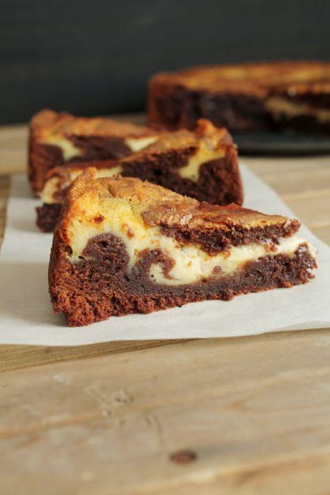 juustokakku, mutakakku, suklainen juustokakku, tuorejuustomutakakku