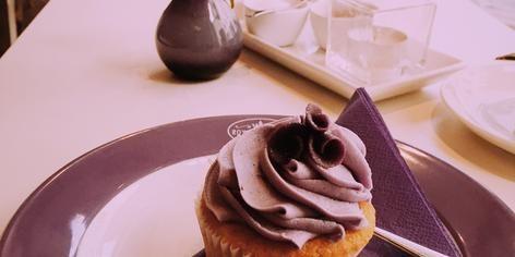 Sehr süße kleine Törtchen - Cupcakes - mitten in der Stadt.
