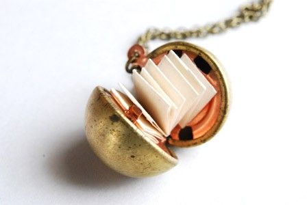 The Original SECRET MESSAGE LOCKET by Paperface Studio via Etsy. Vintage brass secret message ball locket with three strips of accordion folded parchment paper so you can write a wish or a secret or a message ... $20 ... Cool piece of jewelry! Necklace. Create your own little book :-)
