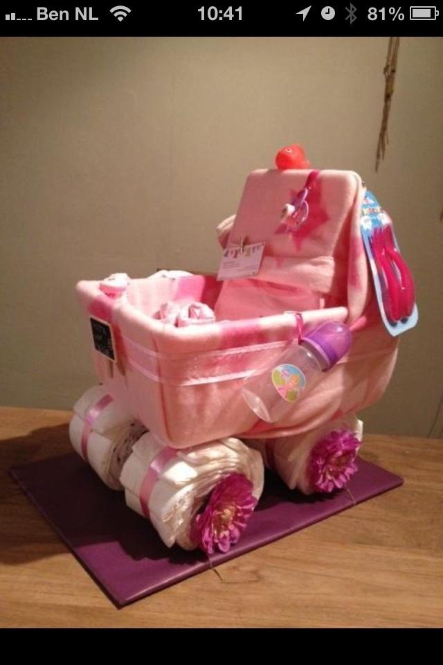 Diapercake crib/ luiertaart wieg