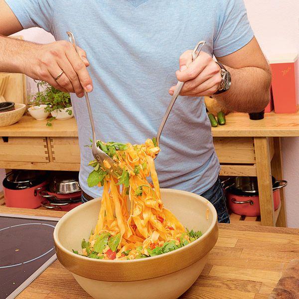 Pasta mit Lachs und Paprika