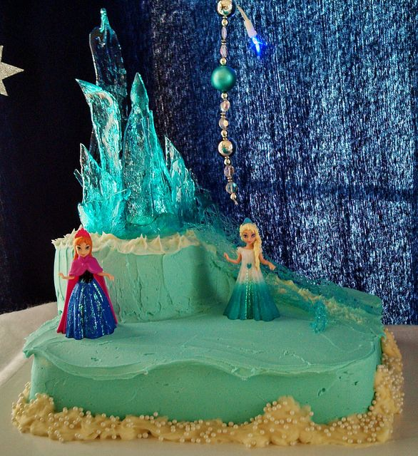 Frozen cake with Elsa's Ice Castle