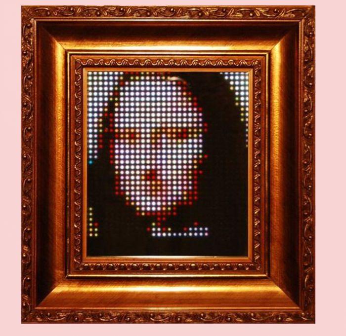 #Tech, nasce Pixel Art Display, il dispositivo che permette d'interagire con l'#arte