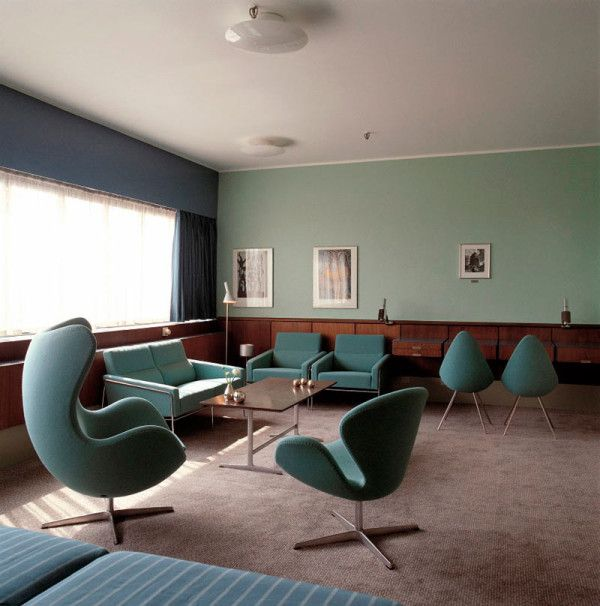 The Swan Chair was designed for the lobby and lounge areas at the Royal Hotel in Copenhagen, in 1958, along with the famous Egg chair.