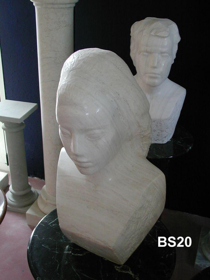 Busto in marmo - http://achillegrassi.dev.telemar.net/project/busto-di-donna-in-marmo-bianco-carrara-venato-lucido/ - Busto di donna in Marmo bianco Carrara venato lucido Dimensioni:  60cm (H)