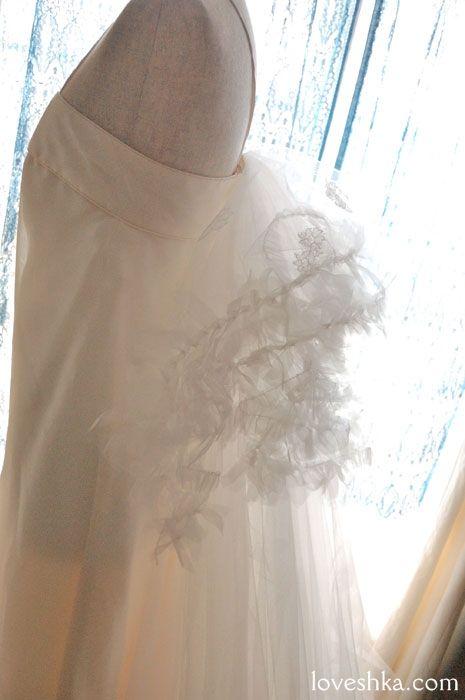 トレーン / ウェディングドレス / ヘッドドレス / ティアラ / ベール / グローブ / ブローチ/ ウェディング / 結婚式 / wedding / オリジナルウェディング / プティラブーシュカ / トキメクウェディング